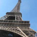 Eiffelturm von unten