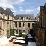 Blick auf den zweiten Innenhof des Musée Carnavalet