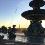 Brunnen am Place de la Concorde bei Sonnenuntergang