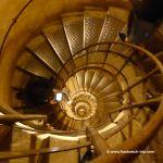 Treppe im Triumphbogen