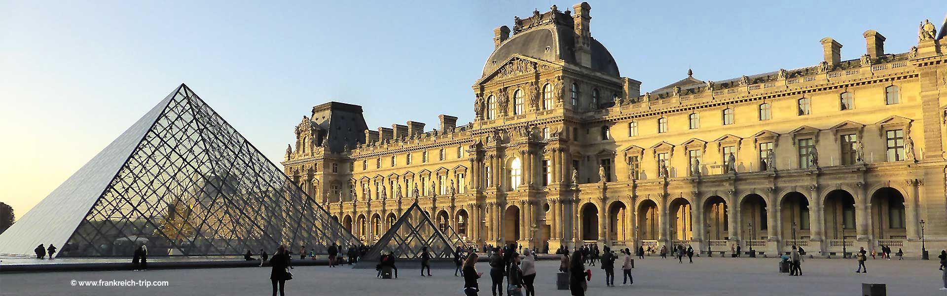 Louvre, Paris Sehenswürdigkeit