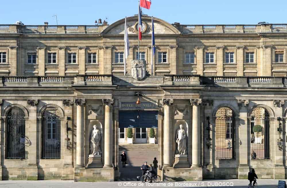 Bordeaux urlaub in frankreich atlantikk ste for Hotel piscine bordeaux