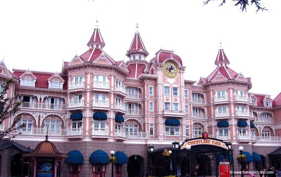 Disneyland Paris Hotel And Park Tickets