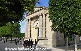Orangerie Museum in Paris, (Musée de l'Orangerie)